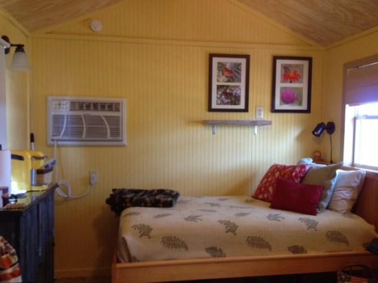 12K Cabin - Bed