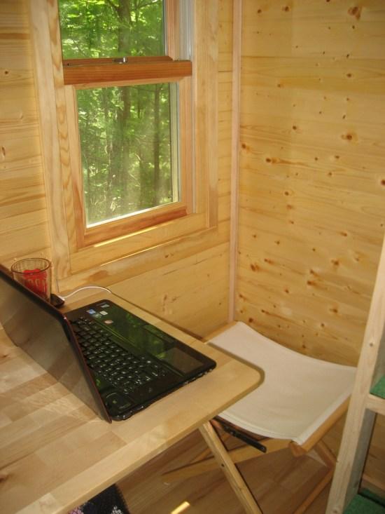 Life in 120 - Desk
