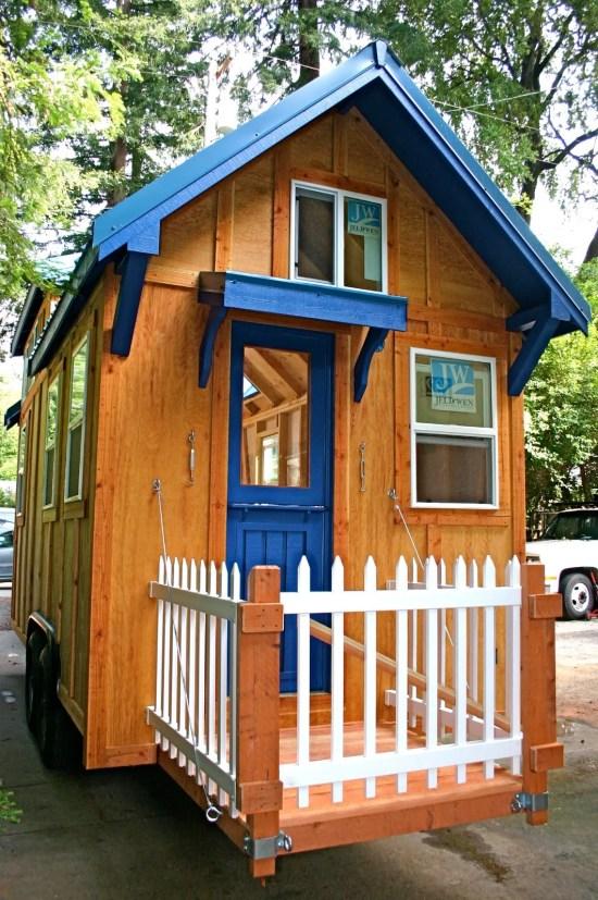 Molecule Tiny Homes - Fold Up Porch