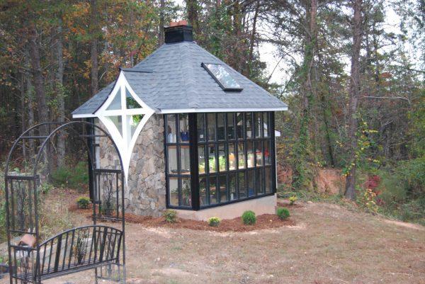 Jeffs Cabin Greenhouse - Exterior