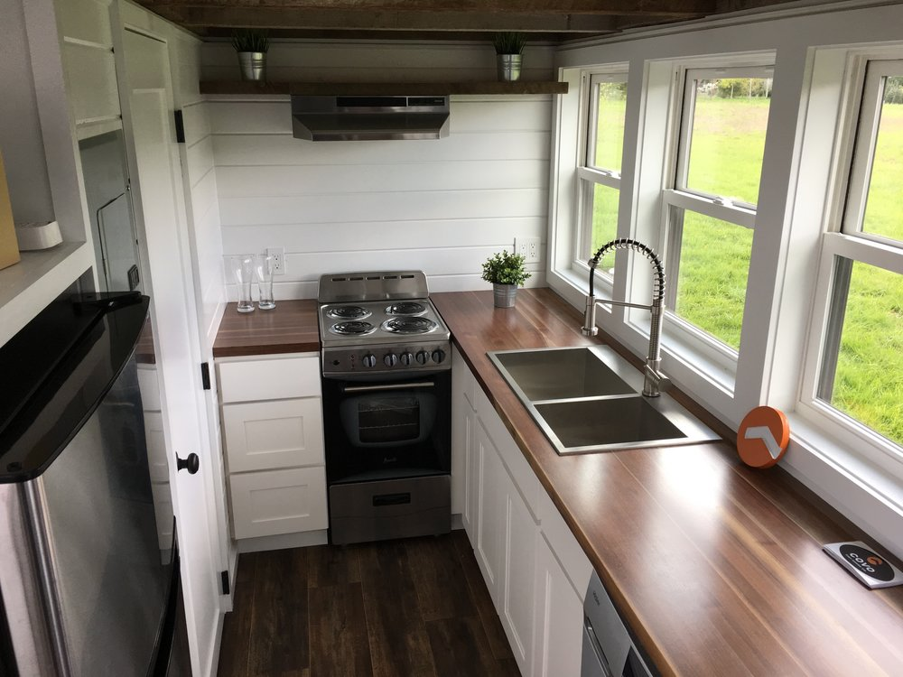 Kitchen - MIO by Covo Tiny House Co