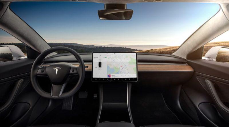 model-3-interior-dashboard-head-on-1024x639