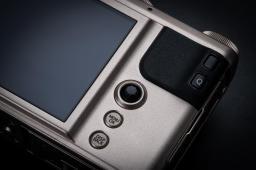 Fujifilm_XF10_6