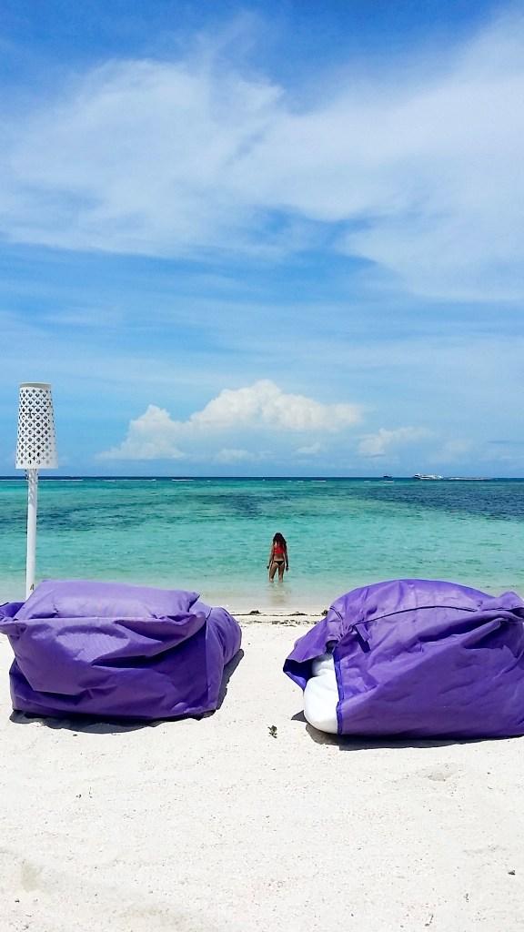 beach mola mola resort gili air