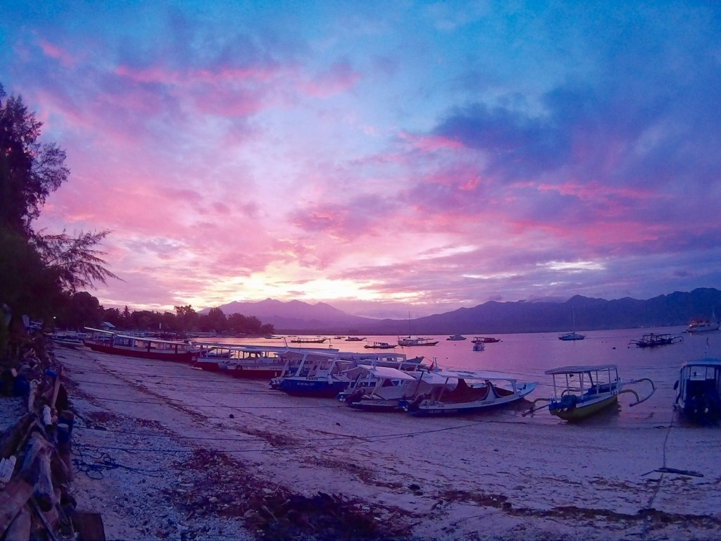 sunrise gili air pier