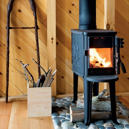 morso-small-stove-in-cottage