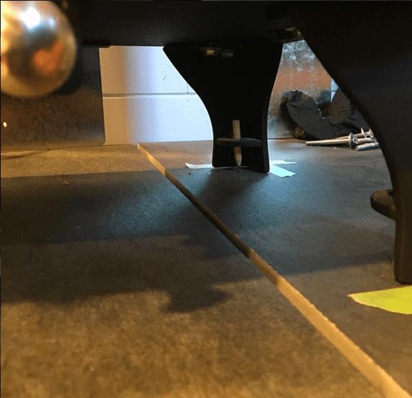 Dwarf 4kw standard legs securing.
