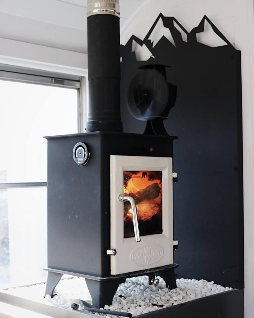 Dwarf 4kw with heat fan and custom heat shield.