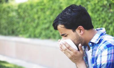 Alerji, bağışıklık sistemi normalde zararsız maddelere aşırı tepki verdiğinde ortaya çıkar.
