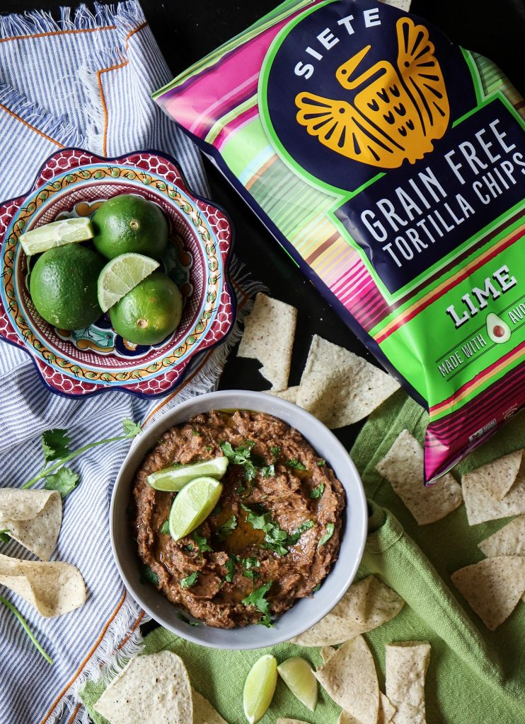 5 minute black bean chipotle dip