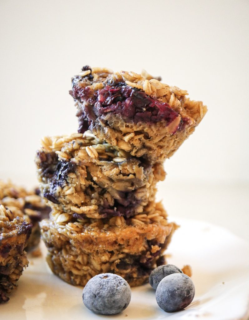 Blueberry oatmeal bites
