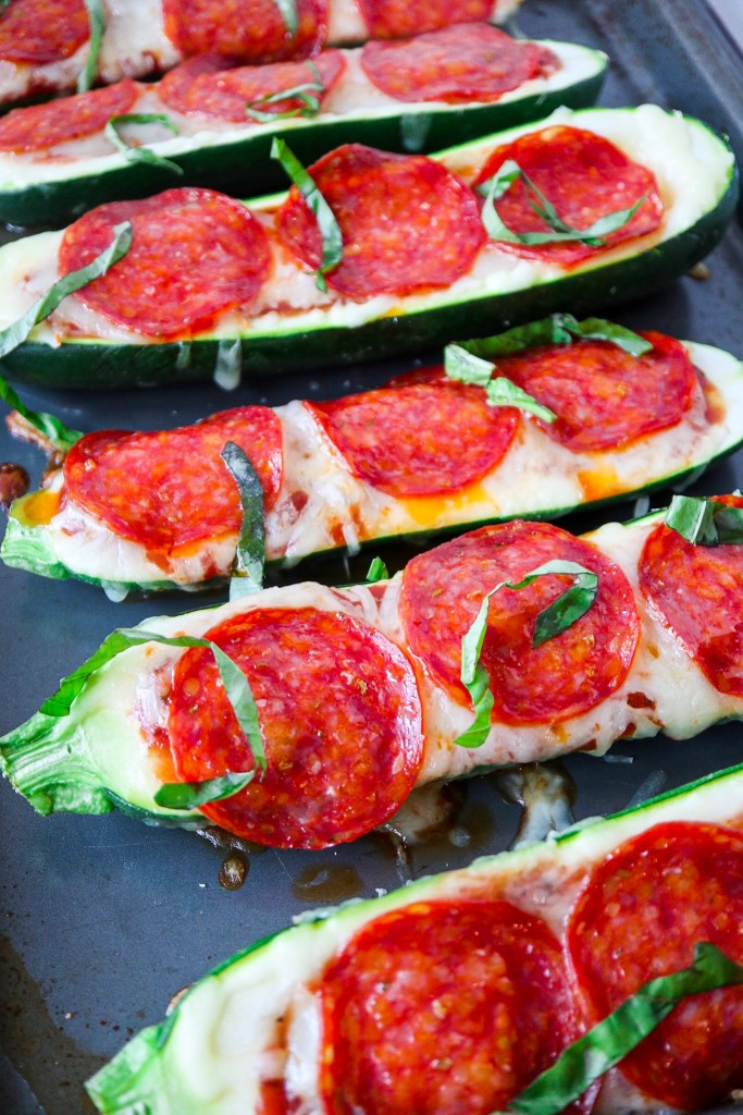5 ingredient pepperoni zucchini pizzas