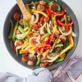 5 Ingredient Chicken Sausage and Pepper Skillet