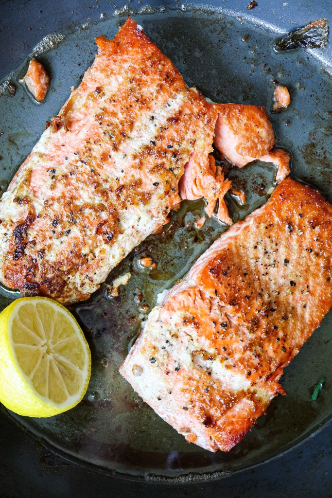 How to Pan Sear Salmon (In under 10 minutes!)