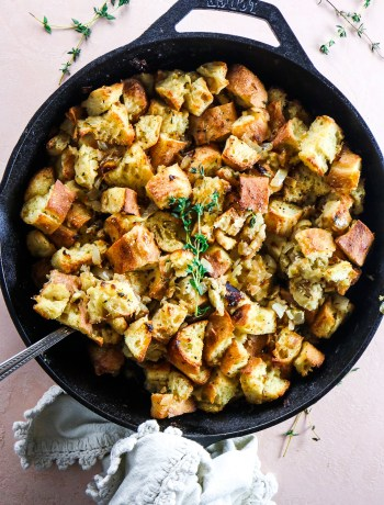 One Skillet Thanksgiving Stuffing Recipe