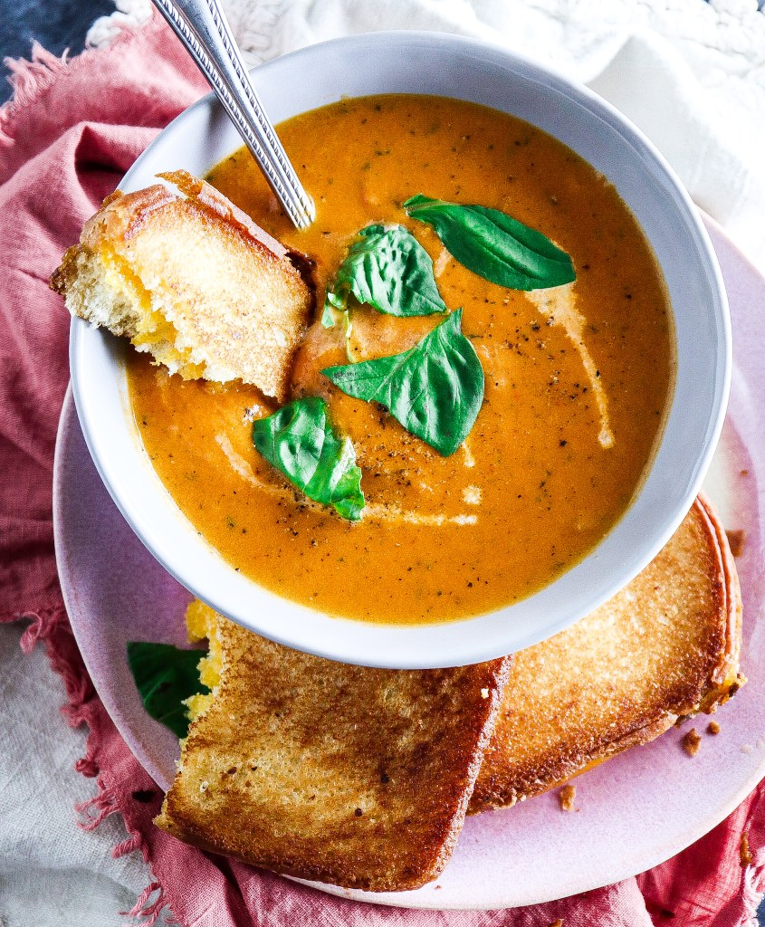 One Pot Tomato Basil Soup