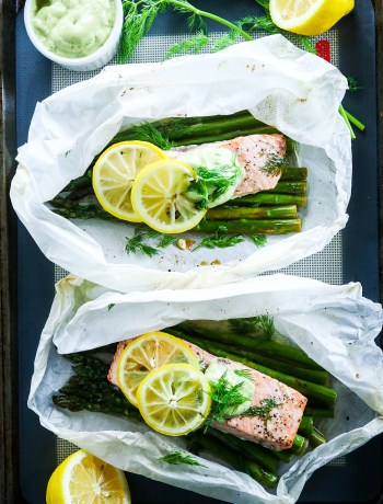 Salmon en Papillote with Asparagus and Avocado Dill Aioli
