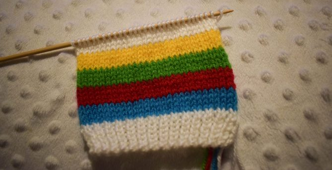 Free Knitting Pattern - Rainbow Baby Mittens - stocking stitch done