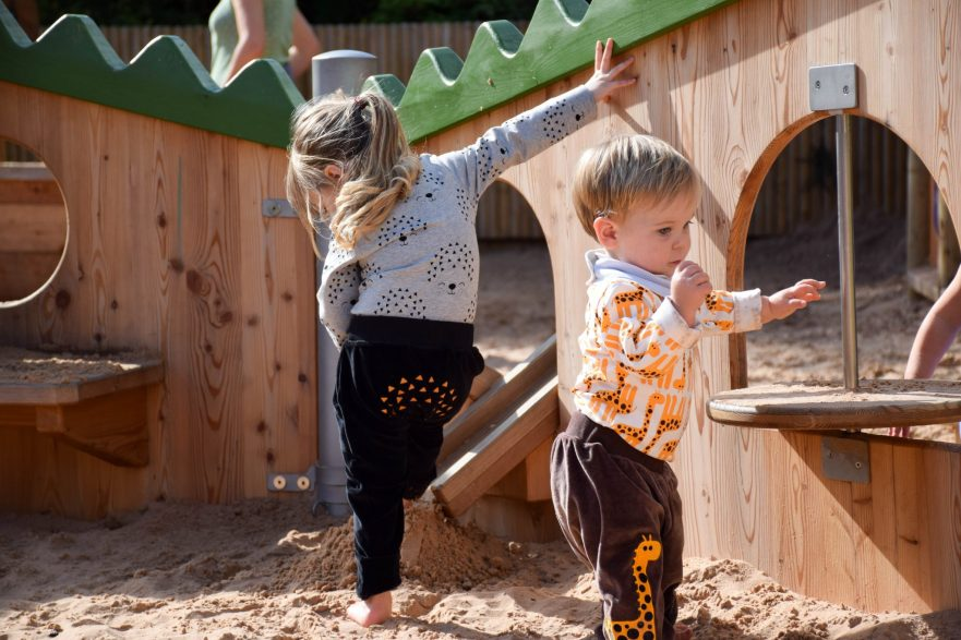 giraffes & hedgehogs - me&i review - sandpit fun