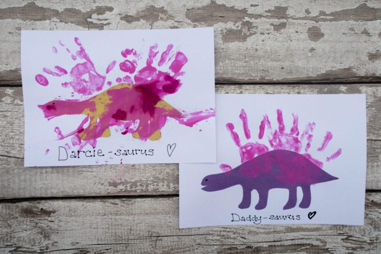 Dinosaur Crafts - dinosaur handprints