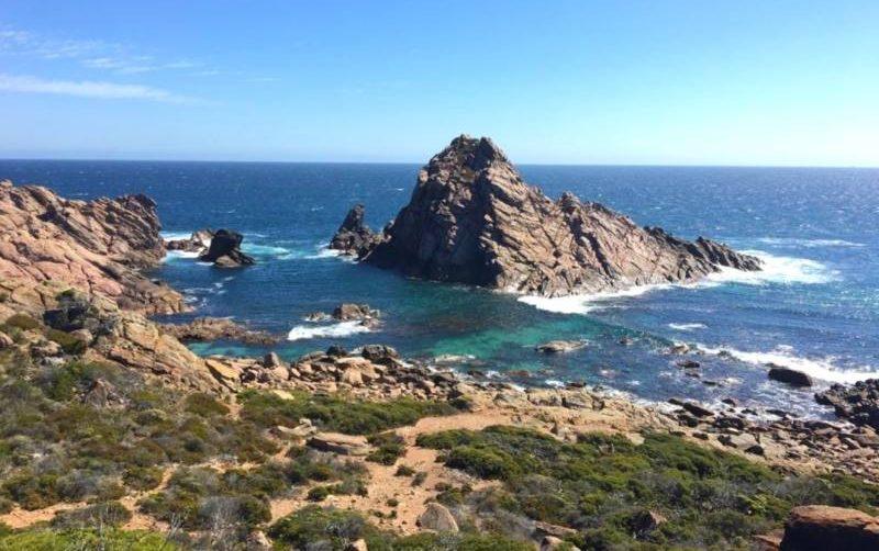 """La roccia di Sugarloaf nel percorso """"Cape to Cape"""" di Margaret River"""