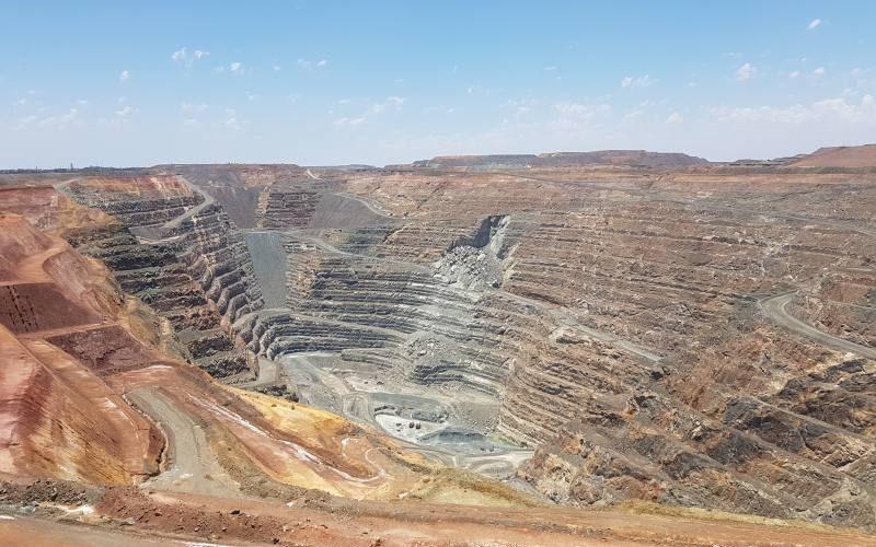 Punto panoramico Super Pit Open Cut Lookout alla miniera d'oro di Kalgoorlie