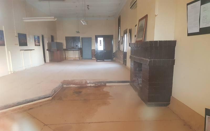 """Interno albergo """"State Hotel"""" abbandonato della Ghost Town di Gwalia a Leonora in Western Australia"""