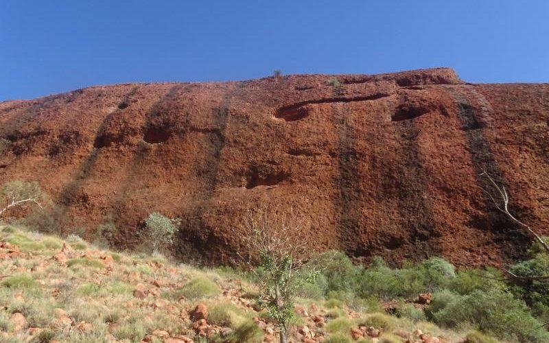 Colori delle rocce nella Valley of the Winds, tra le
