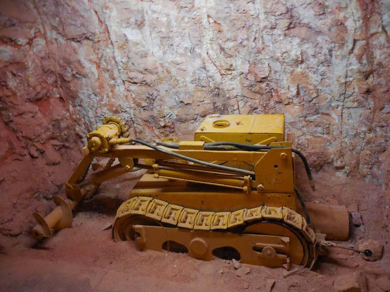 Museo gratuito allinterno del Desert Cave Hotel a Coober Pedy, la città sotterranea australiana