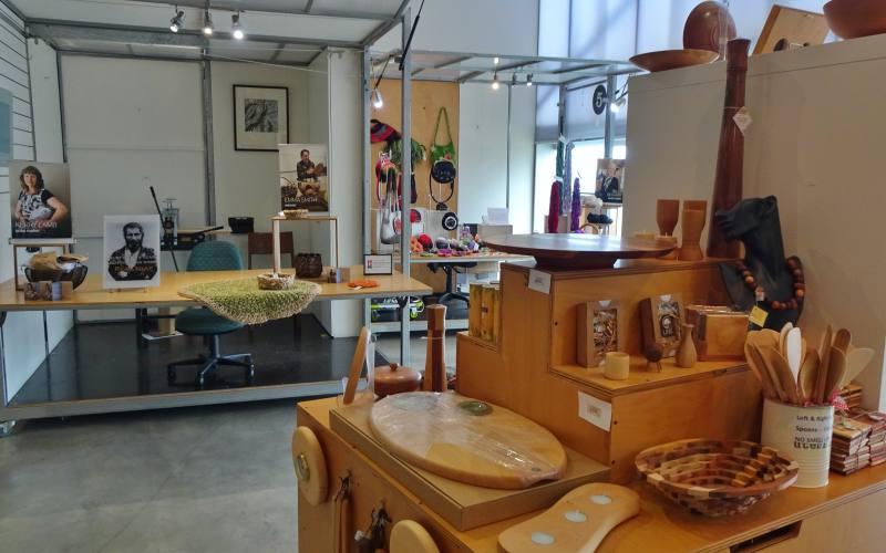 """Laboratori artigianali nel """"The Maker's Workshop"""" di Burnie in Tasmania"""
