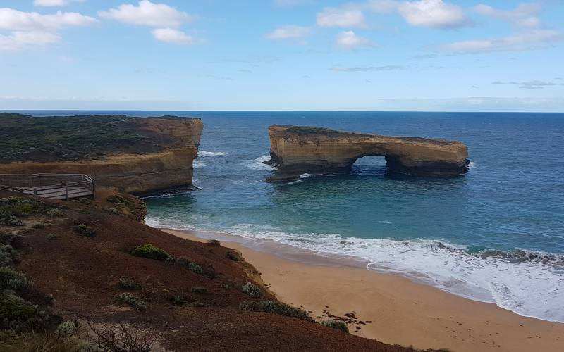 "Punto panoramico sul ""London Bridge"" durante la Great Ocean Road"