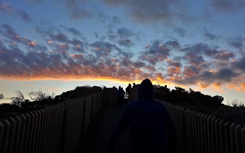 Tramonto ai 12 Apostoli durante la Great Ocean Road in Australia