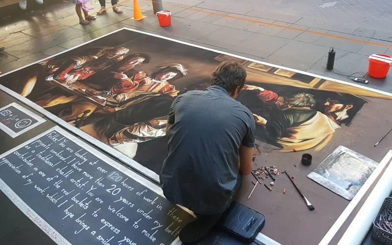Quadro dipinto sul marciapiede nel centro di Melbourne