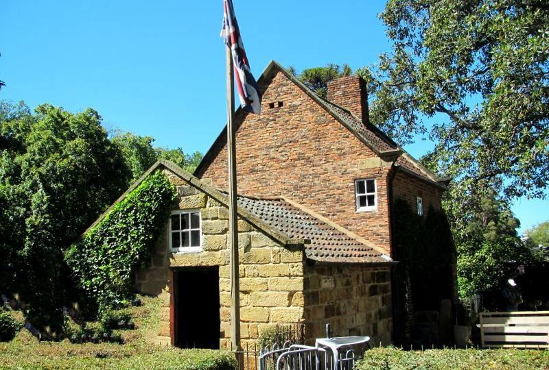 """Edificio storico """"Cook's Cottage"""" nei Fitzroy Gardens di Melbourne"""