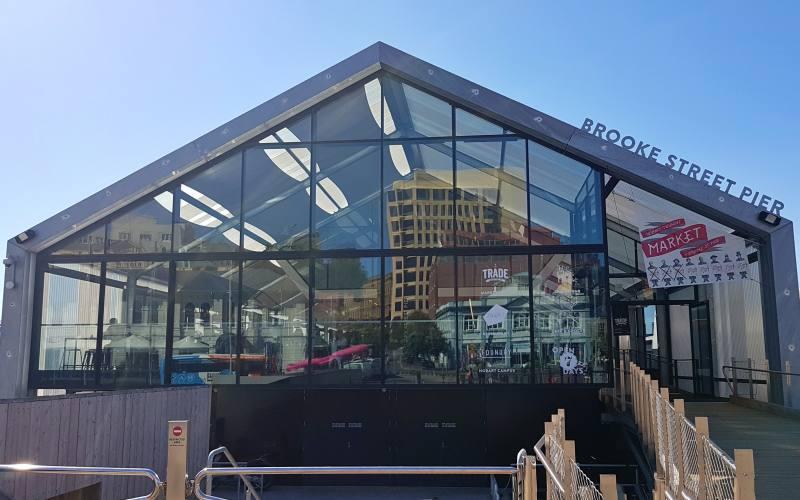 """Il """"Brooke Street Pier"""" nel quartiere di Sullivans Cove ovvero il porto di Hobart"""