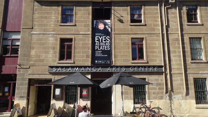 """Ingresso galleria d'arte """"Salamanca Arts Centre"""" nel quartiere di Hobart in Tasmania"""