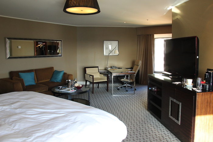 Four Seasons Hotel Sydney - Full Harbour View Room 1609