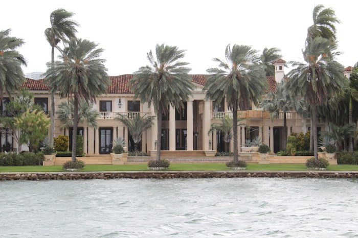 Huge mansions domiante the islands between the Miami mainland and South Beach