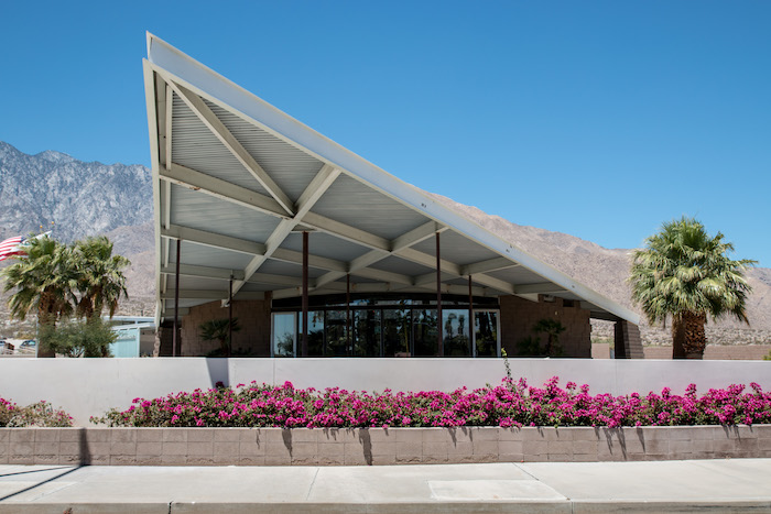 Palm Springs Mid-Modern Architecture-2
