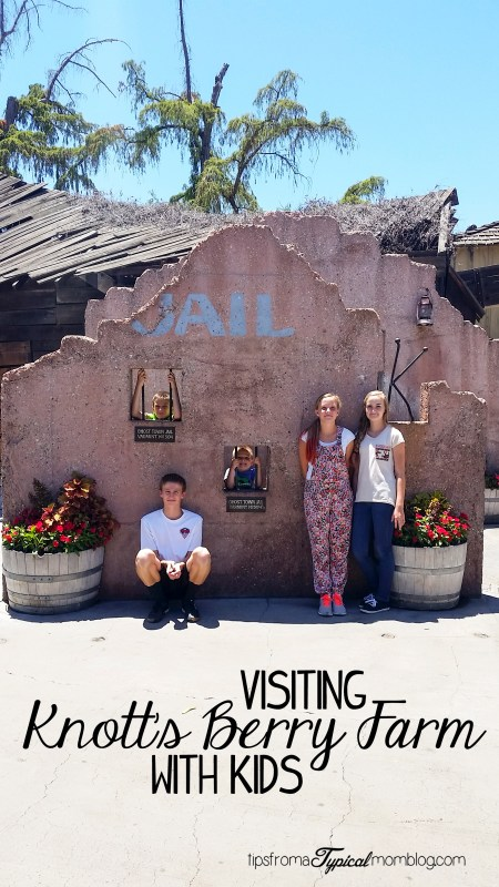 Visiting Knotts Berry Farm with Kids