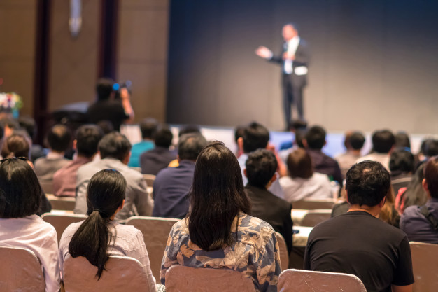 15 Things You Should Work on to be a Good Speaker