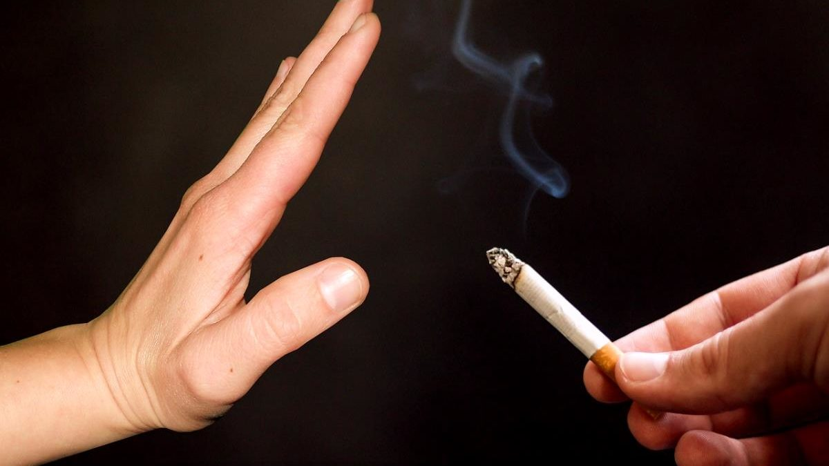 5_Tips_On_Controlling_Your_Smoking_This_Lockdown
