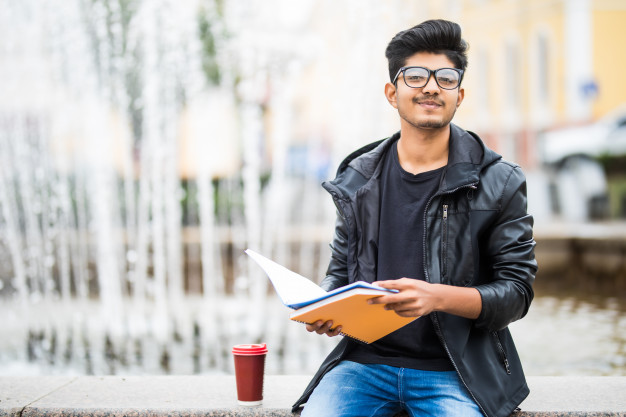 HOW TO SUSTAIN AS A NEPALI STUDENT IN THE US