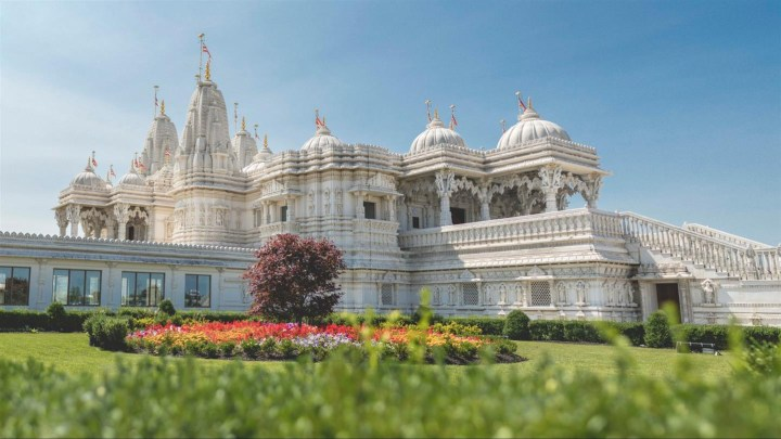 10_Hindu_Temples_in_Canada_that_you_can_Visit