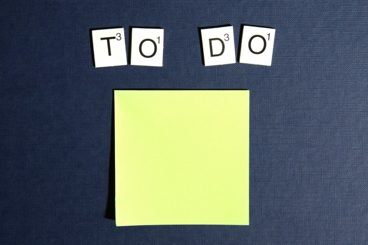 make-a-to-do-list-to-stay-focused