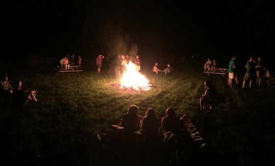 Nothing quite like camping with hundreds of bike enthusiasts as part of the 2015 D2R2, complete with massive bon fire the night before the ride.