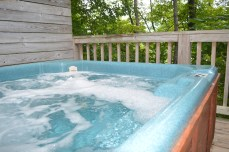 townend log cabin rental hot tub