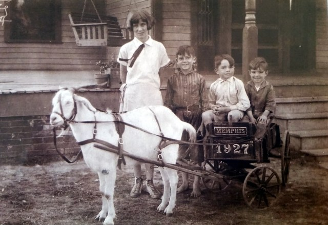 Frances, Elbert Jr, Walter, and Richard Nichols - Dr E R Nichols' Children