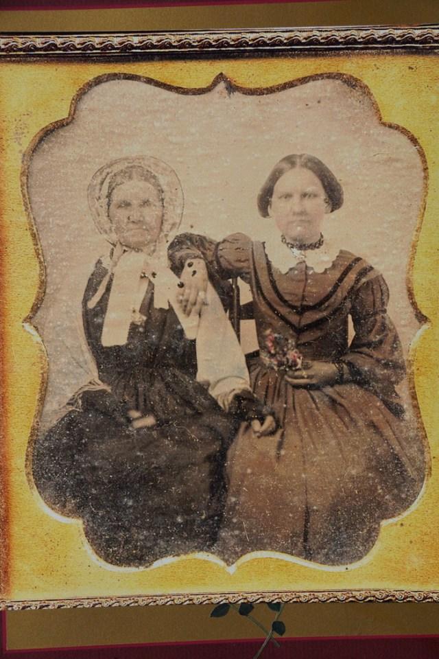 Sara Cockrill Culbreath (right)