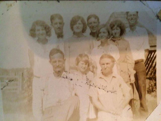 Front: Mr Jim, Vera, Minnie Back: Mabel, Audrey, Lexie (dark dress with bandana tied around neck and in hand), Edna Earl, Floyd (mustache), Morris, Roy